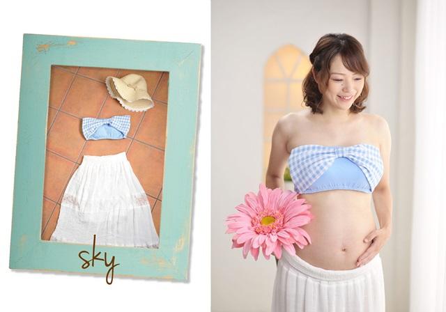 水色のビスチェと白のスカートの衣装