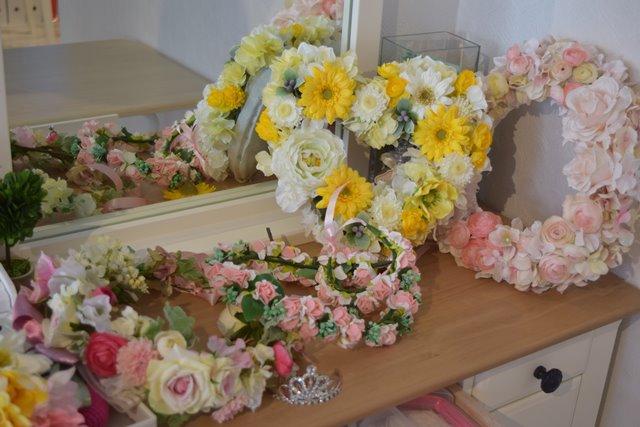 マタニティフォトで使う花冠とティアラ