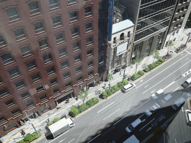 東急プラザ銀座からの景色みた外堀通り
